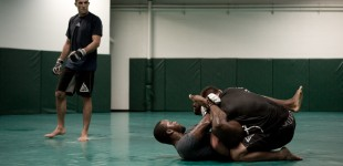 Jake Shields grappling with Jason High