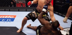 Melvin Manhoef vs Robbie Lawler