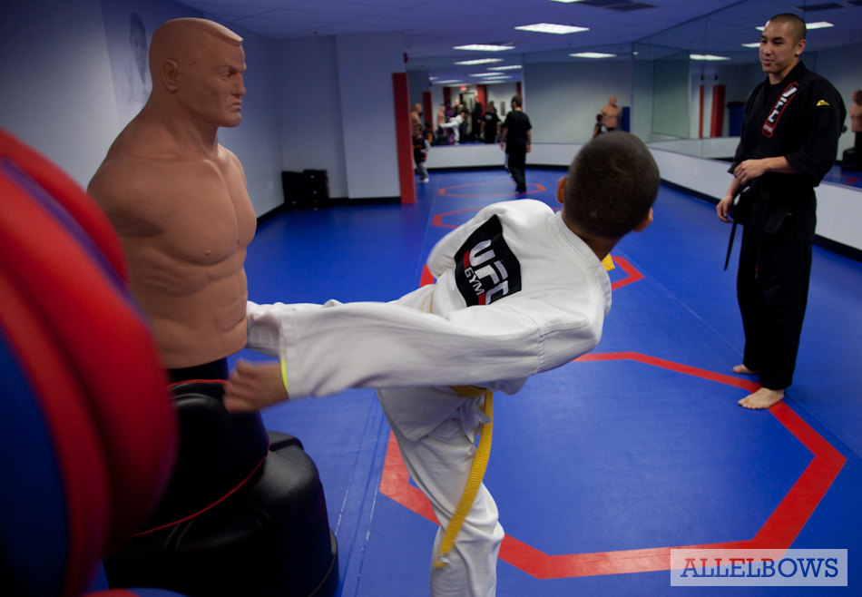 All elbows archive ufc gym grand opening in concord for Fitness 19 kids room