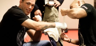 Jake Shields hands wrapped