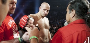 Fedor prepares to enter cage