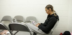 Marloes Coenen waiting in locker room