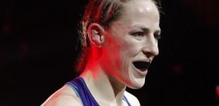 Sarah Kaufman vs Leslie Smith